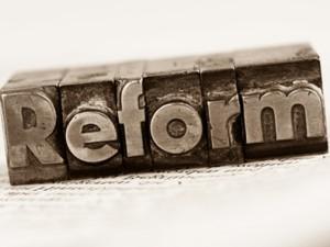 Le cabinet Davis Polk défend également l'idée d'une réforme du droit des faillites